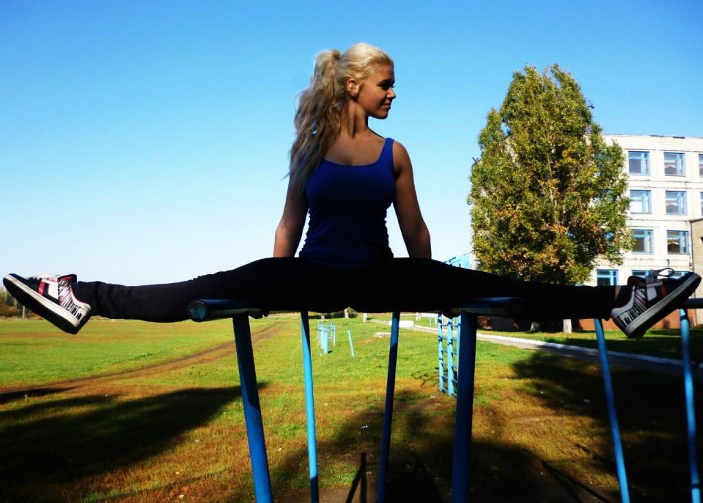 uprazhnenija-dlja-utrennej-gimnastiki