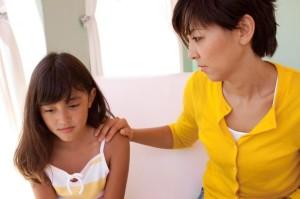 Готовим ребенка к первой менструации